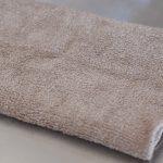 ステンレスシンクを拭く布巾